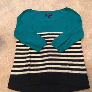 AEO light weight striped sweater